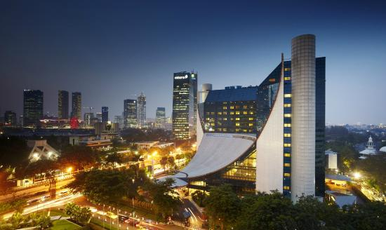 Gran Melia Jakarta: Hotel Facade
