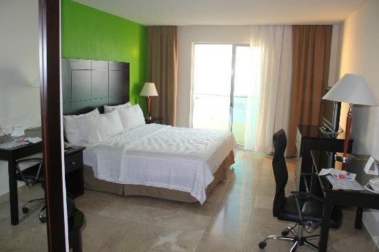 Holiday Inn Campeche: 客室 ダブルベット オーシャンビューの部屋
