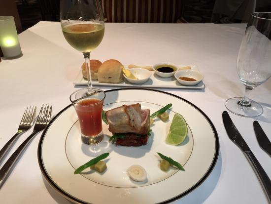Rapala Restaurant: Seared Blue Fin Tuna. Superb.