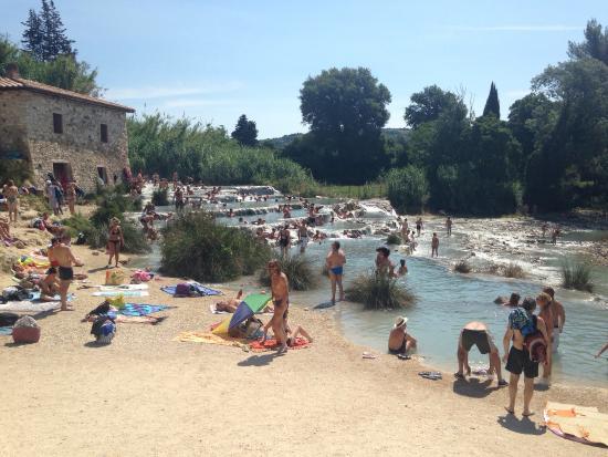 Terme di saturnia foto di terme di saturnia grosseto - Alberghi saturnia con piscina termale ...