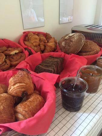 Green Kitchen: S'ouvrir l'appétit avec une sélection de pain et de viennoiseries