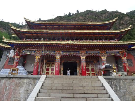 Huzhu County, China: Temple