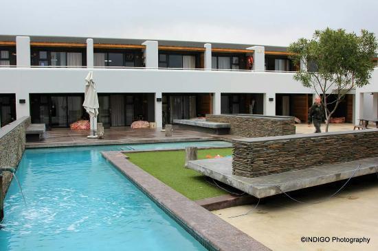 Windtown Lagoon Hotel: Windtown Lagoon Resort, Restaurant & Spa