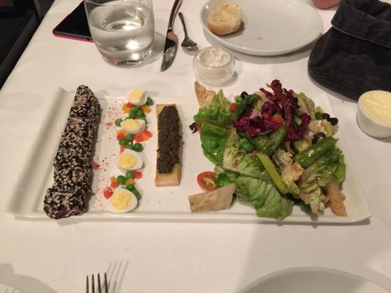 Le Bistro Hua hin: Appetizers (Tuna, Egg, Chicken Liver, Salad)
