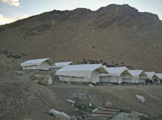 Tsomoriri Camp and Resort: View 1