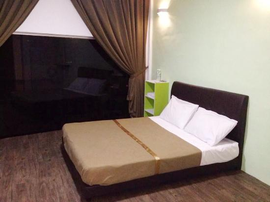 Triple Dream Budget Hotel