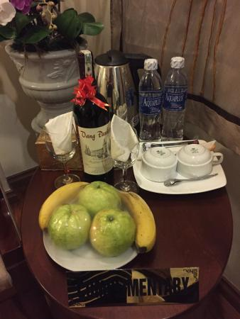 Hanoi Charming 2 Hotel: Free! What's not to love?
