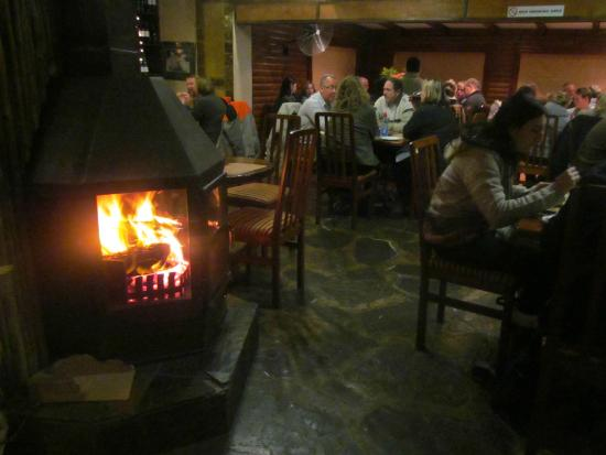 The Woodsman Pub & Restaurant: Cozy in the cold