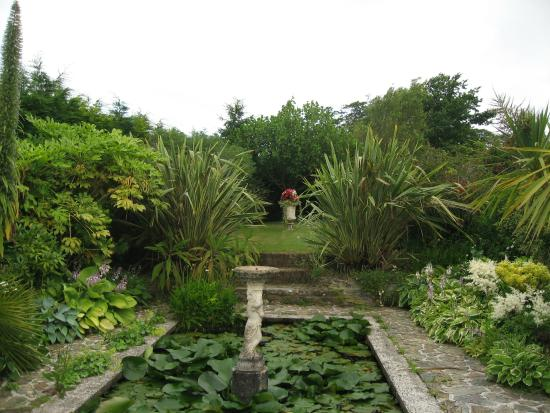 Bodrean Manor Farm: Beautiful Gardens