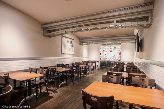 Moka Restaurant Cafeteria: Altillo