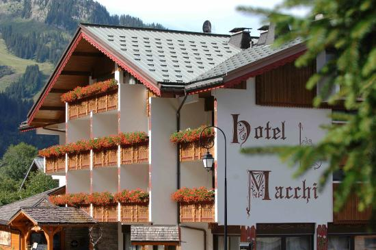 Photo of Hotel Macchi Chatel