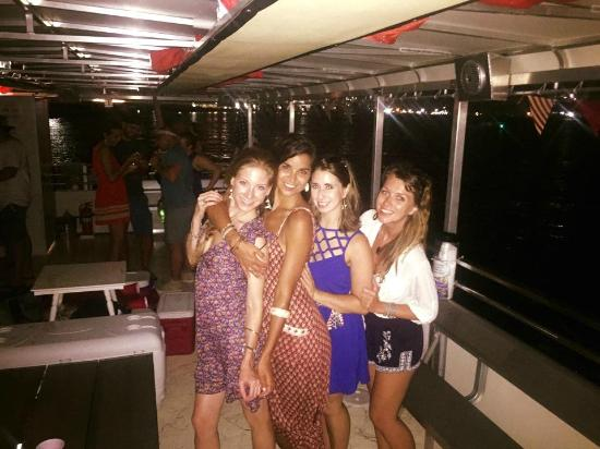 Galveston Water Adventures: Lovely ladies on our evening cruise
