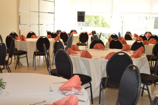 Hotel Les 3 Cles : salle de banquet