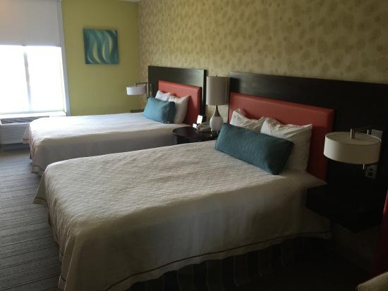 Home2 Suites Biloxi North / D'Iberville: Wonderful hotel! Comfy, spacious rooms!