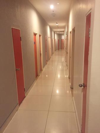 Tune Hotel - 1Borneo, Kota Kinabalu: photo0.jpg