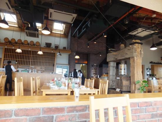 Wine Terrace : 店内