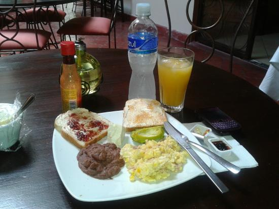 Hotel Casa Bella: another breakfast