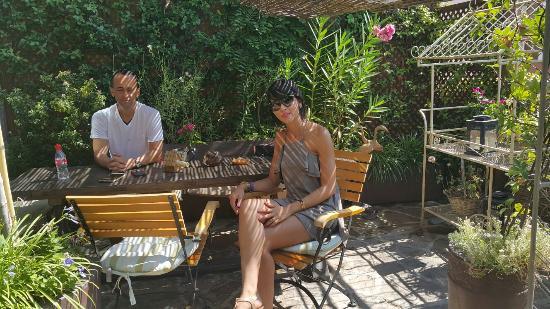 terraco jardins brunch:Jardin Secreto Salvador Bachiller: Jardín Secreto Salvador Bachiller