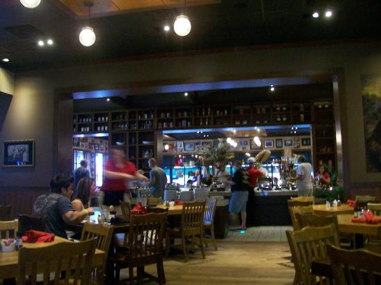 Capriz Italian Feast: Seating and the Buffet Bar