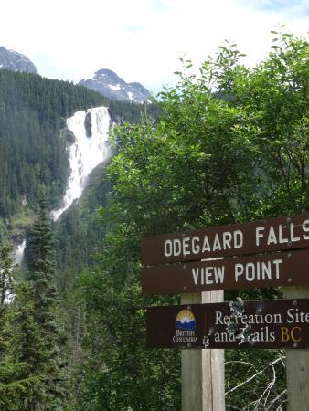 Bella Coola's Eagle Lodge: ...Odegaard Falls...do not miss!...