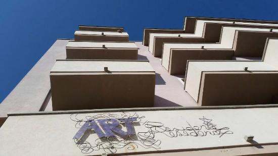 Residence Art: photo0.jpg