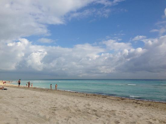 Collins Hotel: mais dessa lindíssima praia