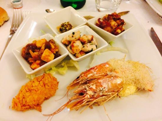 Pranzo Di Compleanno A Base Di Pesce : Piatti a base di pesce e tiramisù! foto di lumie di sicilia