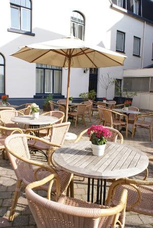 Fletcher Hotel-Restaurant De Geulvallei : Terras