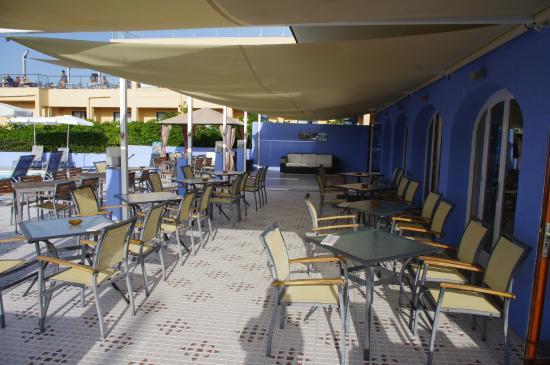 Mar Azul PurEstil Hotel & Spa: Poolbar