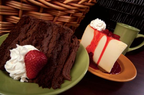 Currents Restaruant: Dessert, Chocolate Mousse Cake & New York Cheese Cake