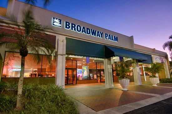 ‪‪Fort Myers‬, فلوريدا: Broadway Palm Outside‬