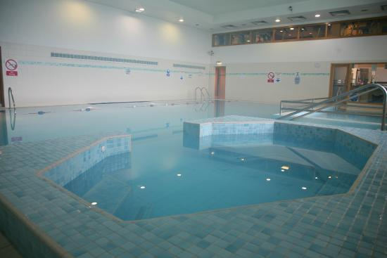 Leisure centre picture of green isle hotel dublin - Hotels with swimming pools in dublin ...