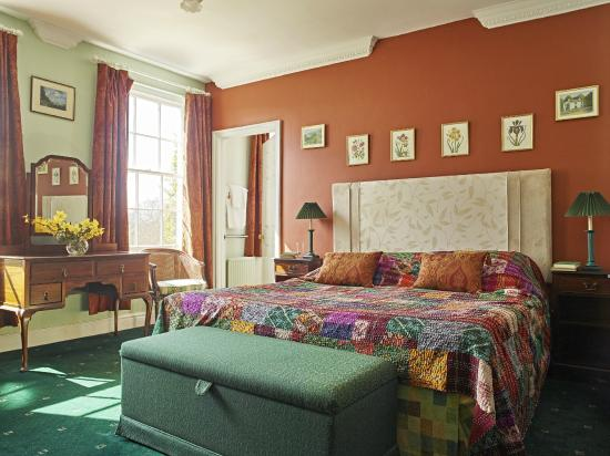Corse Lawn House Hotel: Standard Double Bedroom