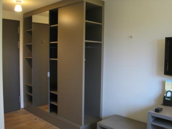 Landgasthof Halbinsel Au: Plenty of wardrobe space