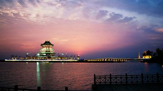 Yangcheng Lake Peninsula Tourist Resort
