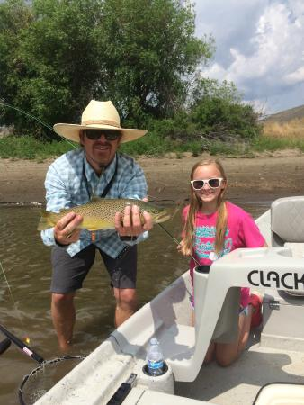 Bozeman fly fishing guides and outfitters all you need for Bozeman mt fishing