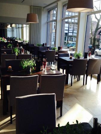 Dante's Restaurant & Bar