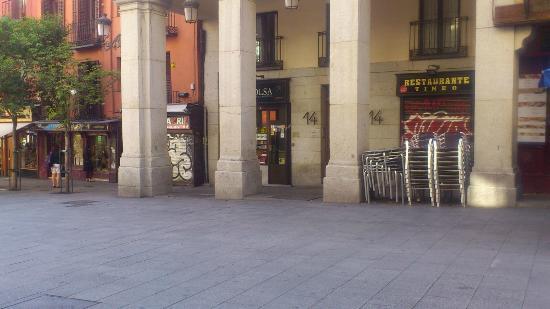 Restaurante tineo calle toledo madrid austrias fotos for Restaurante lamucca calle prado madrid