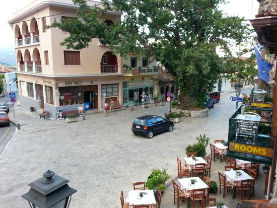 Mystras Inn: View of the square from the porch