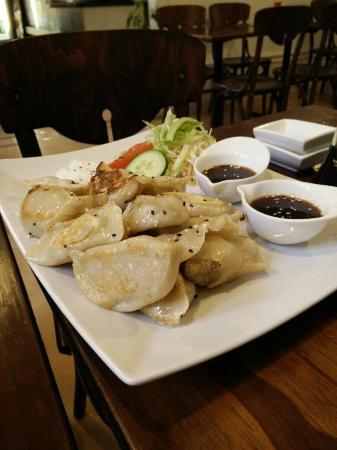 Jenny's Dumpling & Sushi: Sashimi and dumplings