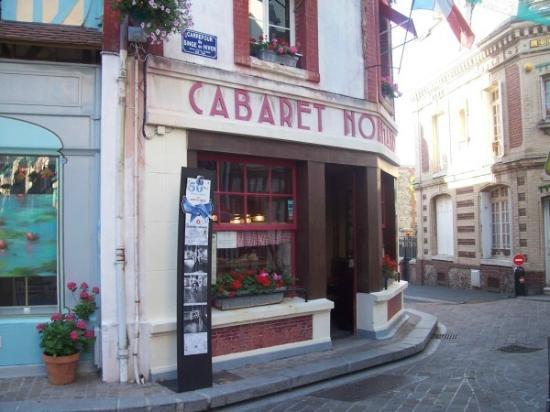 Le Cabaret Normand: restaurant a l'image du film un singe en hiver