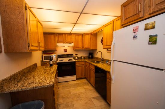 Snowdance Condominiums at Keystone: Fully Equipped Kitchen