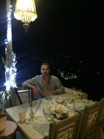 Skiathos Olive Thea Restaurant: At night