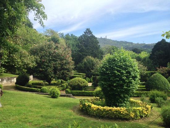Pousada Mosteiro Guimaraes: Garden