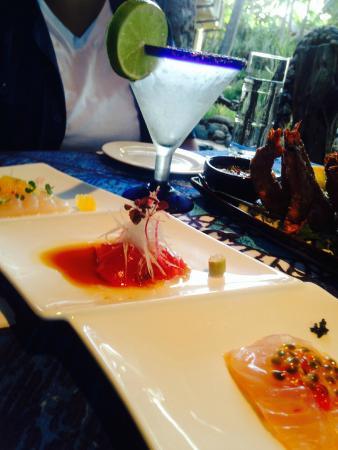 Mama's Fish House: My favorite Sashimi platter appetizer.