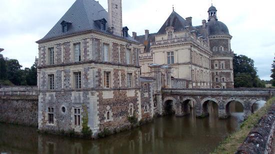 Chateau de Serrant: Photo de l'entrée du château