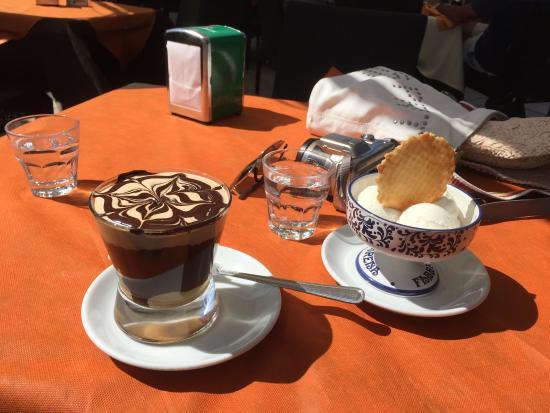 Betty Cafe Ristorante: Ice coffee and ice cream, Betty Cafe, Brindisi
