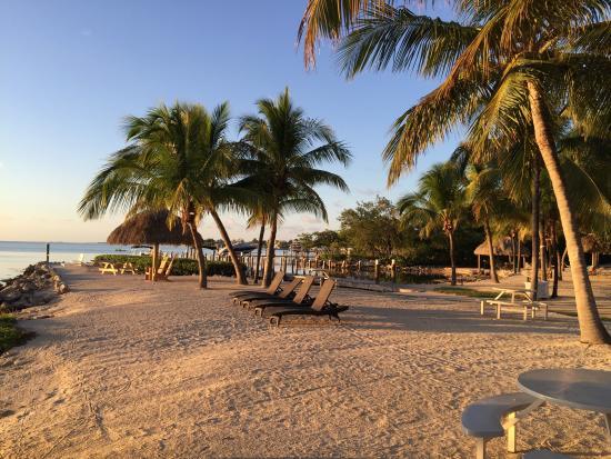 Atlantic Bay Resort: Beach Sunsets