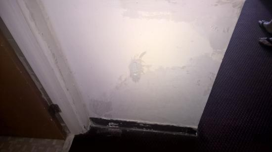 Seaway Motel: Damaged wall's