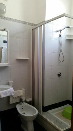 Residence La Conchiglia: bagno